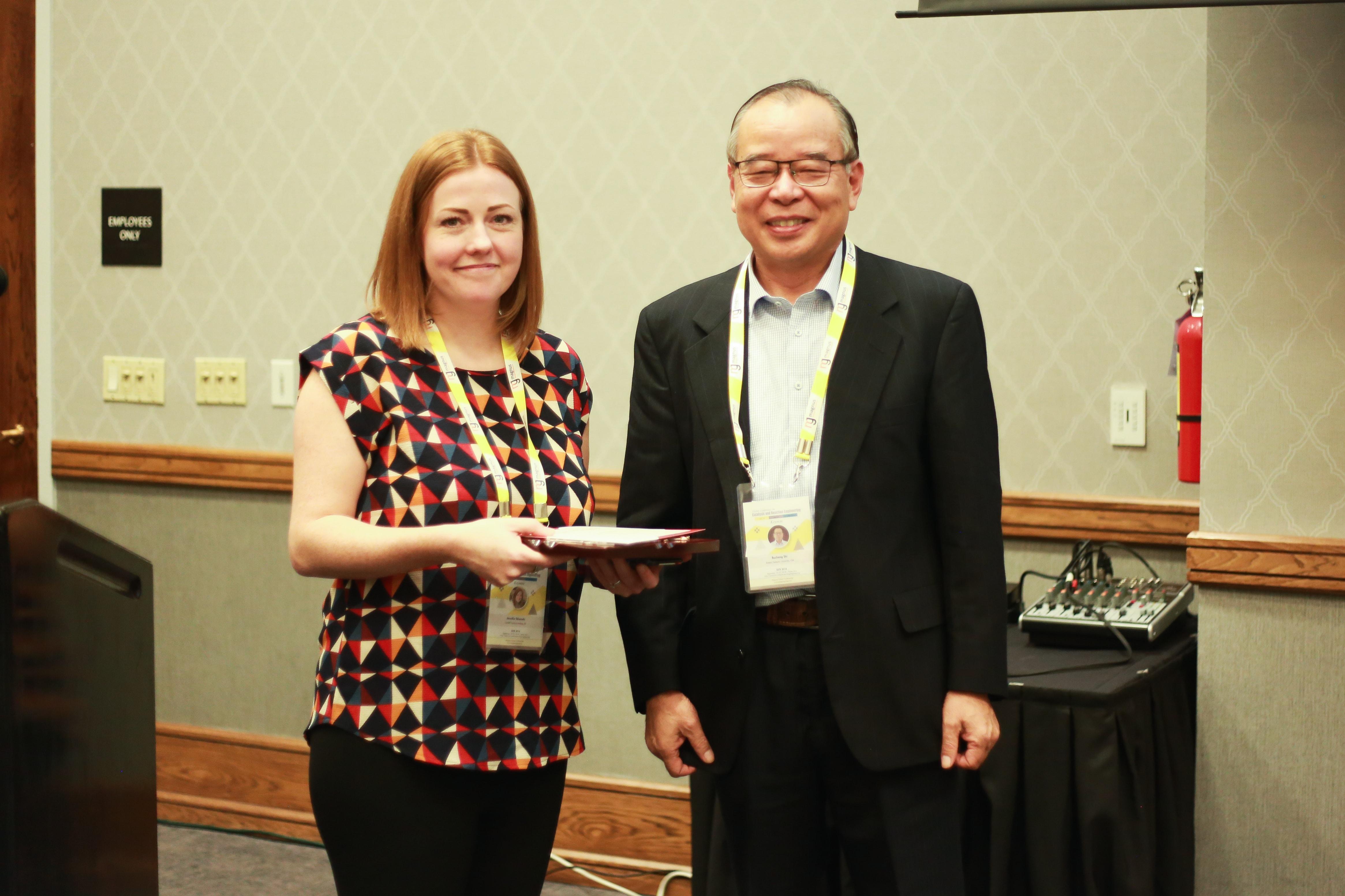 Jennifer Edwards felicitated by Buchang Shi